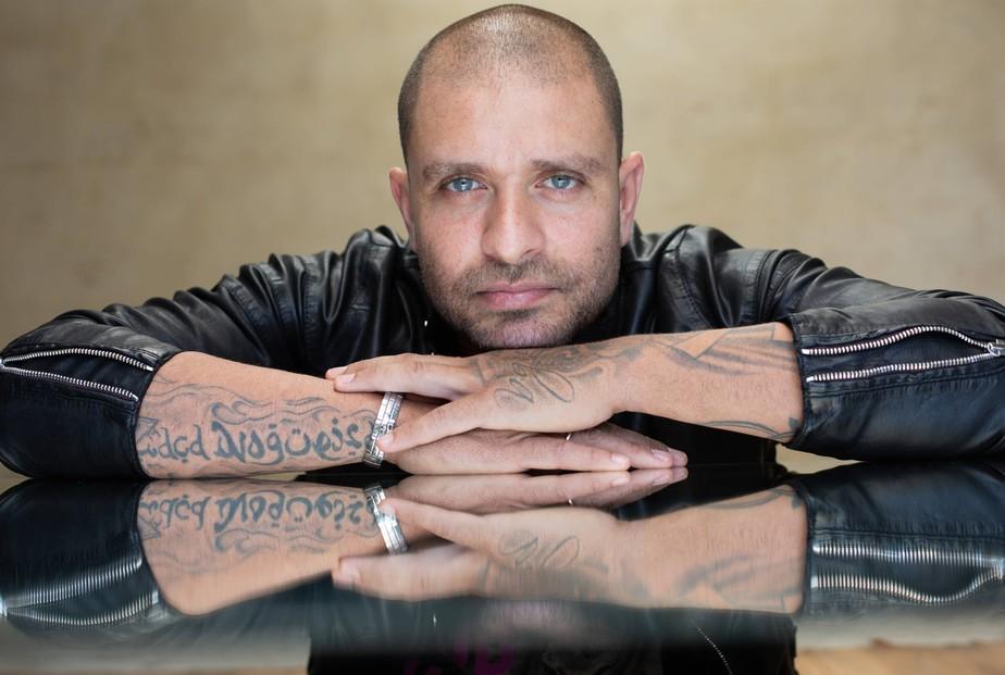 Diogo Nogueira pode alicerçar discografia ainda irregular ao decretar a independência artística