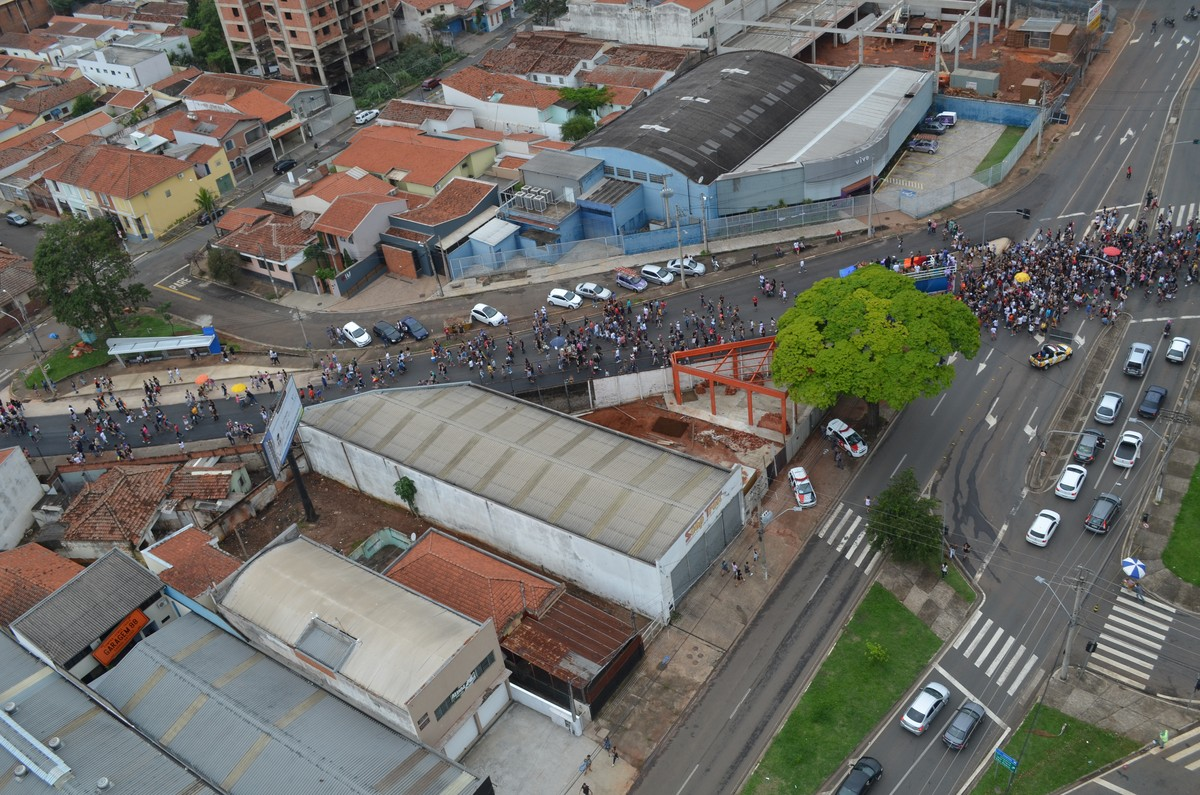 Parada LGBT agita avenidas de Piracicaba: 'Luta por direitos', define participante
