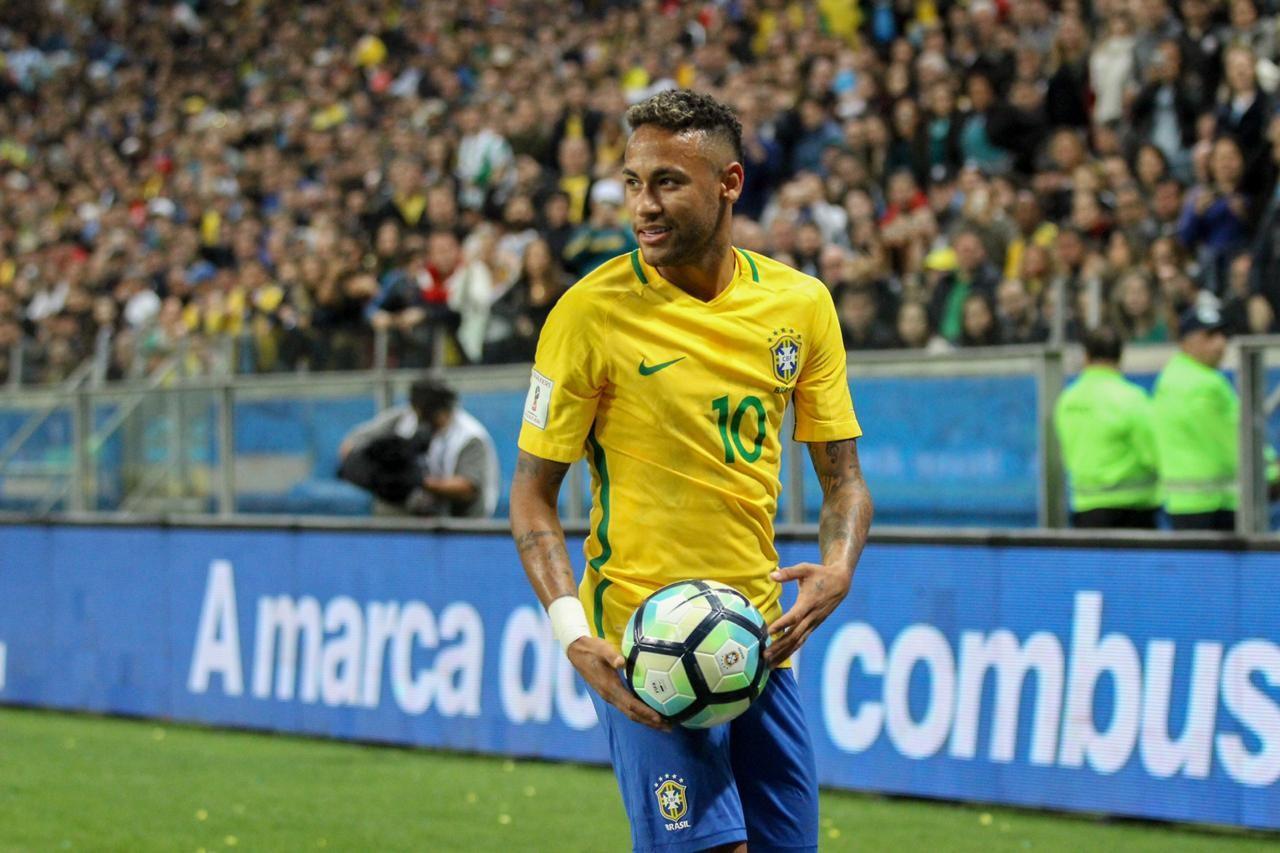 Neymar Jr. tem números excelentes com a camisa amarelinha (Foto: Foto: Divulgação)