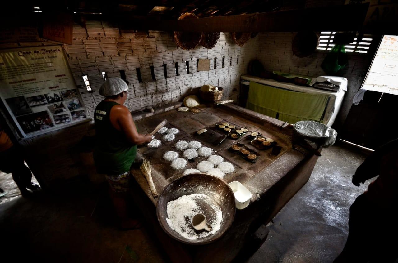 Com trabalho sobre tapioqueiras, fotógrafo potiguar é selecionado para prêmio na Colômbia - Radio Evangelho Gospel