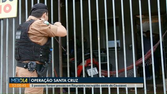 Operação contra tráfico de drogas e outros crimes prende cinco em Cascavel