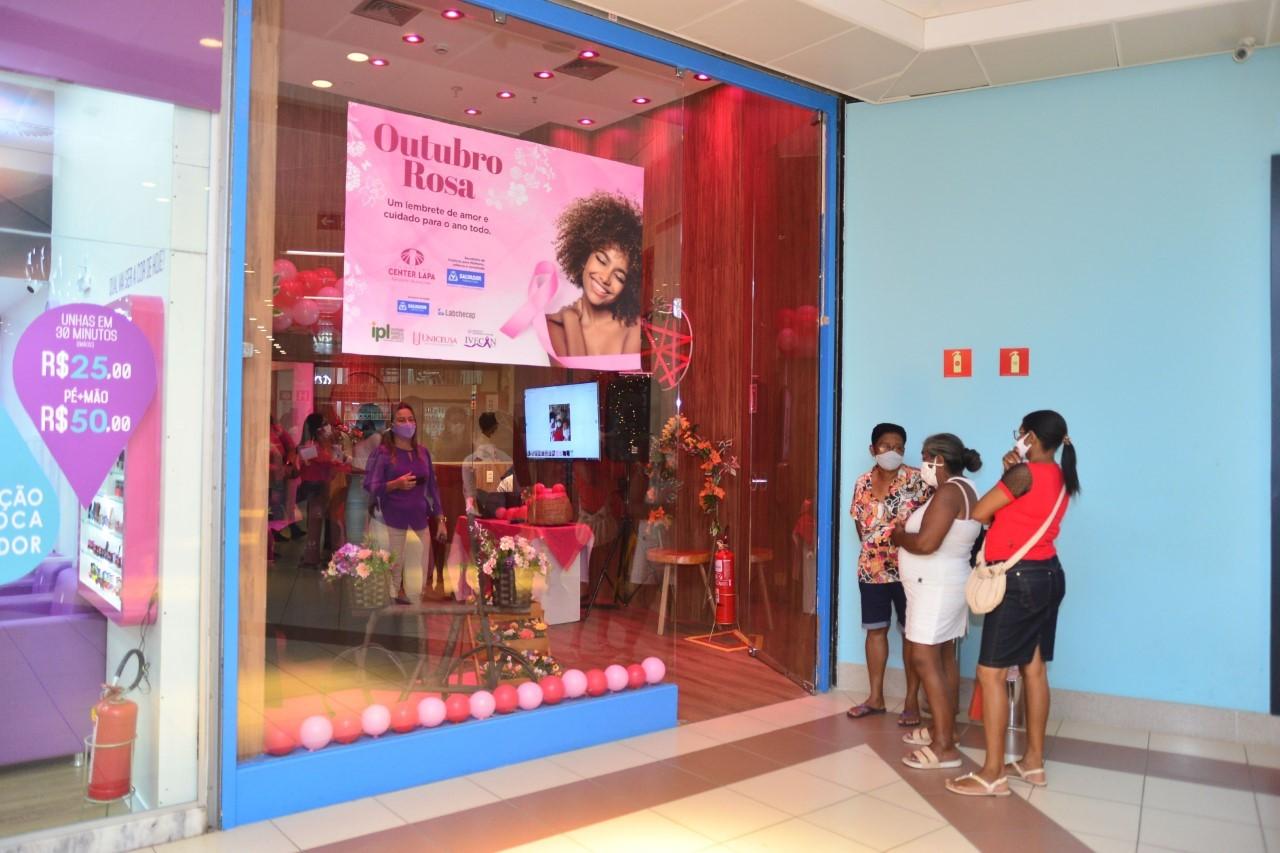 Outubro Rosa: Prefeitura de Salvador inaugura espaço em shopping para serviços de saúde da mulher