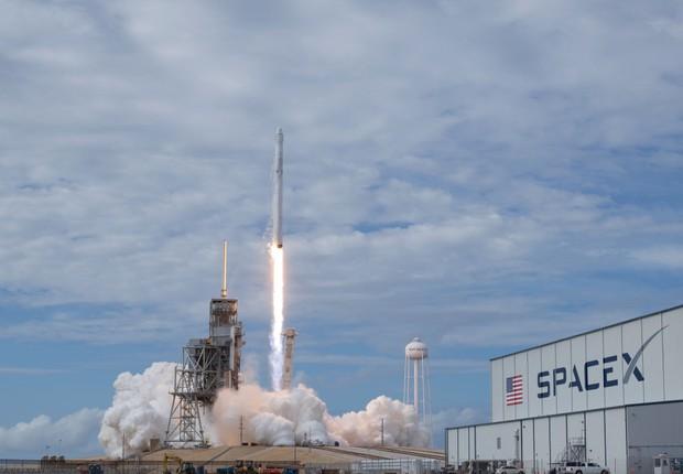 Lançamento anterior do Falcon 9, na Flórida.  (Foto: Bill Ingalls/NASA via Getty Images)