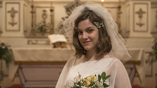 Alice Wegmann sonha com casamento em 'dia de noiva': 'Vou ser a louca dos vestidos'