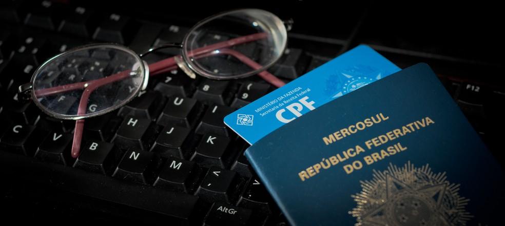 Nova lei brasileira dita como empresas podem armazenar e processar 'dados pessoais': qualquer informação que possa identificar uma pessoa. — Foto: Altieres Rohr/G1