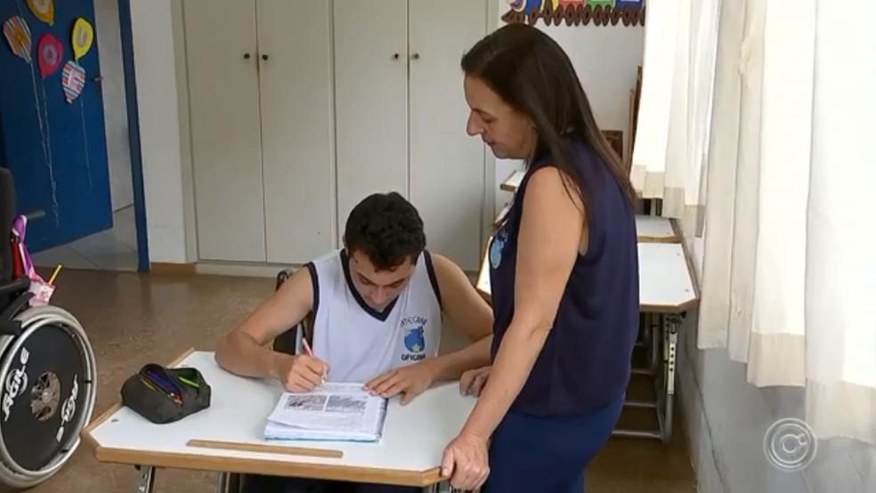 Guilherme estuda na Integrar em Sorocaba — Foto: Reprodução/TV TEM