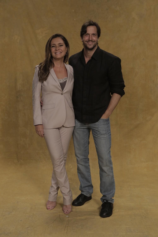 Adriana Esteves e Vladimir Brichta estão felizes por contracenarem juntos  (Foto: Rapha Dias/Gshow)