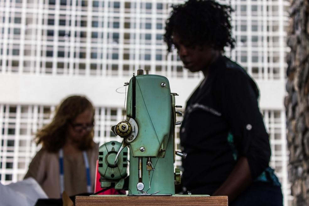 """Costureiras do projeto """"Mulheres do Sul Global"""" (Foto: Divulgação/Mulheres do Sul Global)"""