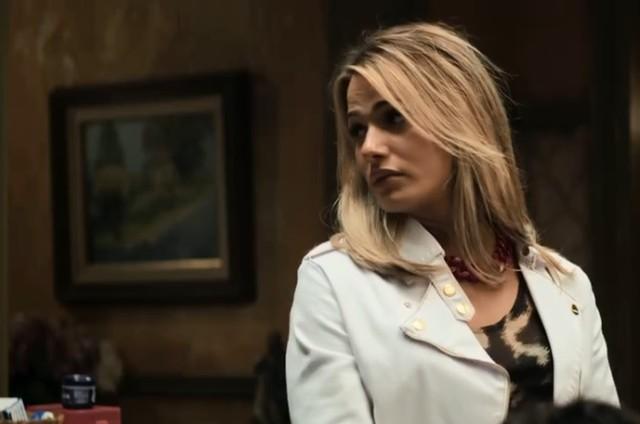 Glamour Garcia é Britney em 'A dona do pedaço' (Foto: Reprodução)