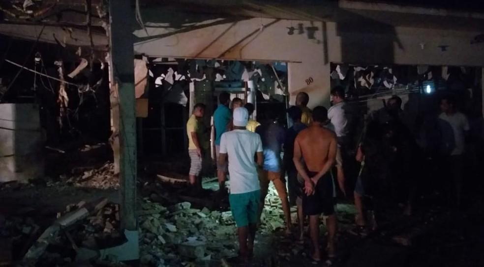 População ficou assustada com o ataque de assaltantes de banco.  — Foto: Reprodução/ TV Liberal