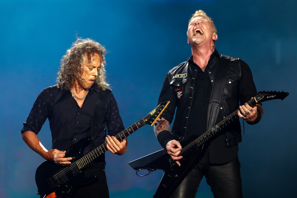 Kirk Hamilton e James Hetfield, do Metallica, em show no Lollapalooza 2017 — Foto: Marcelo Brandt/G1