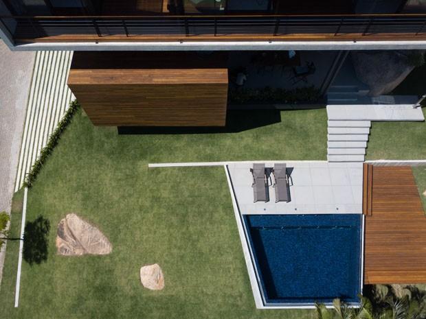Casa no litoral catarinense faz uso sustentável da água e da energia (Foto: Divulgação)