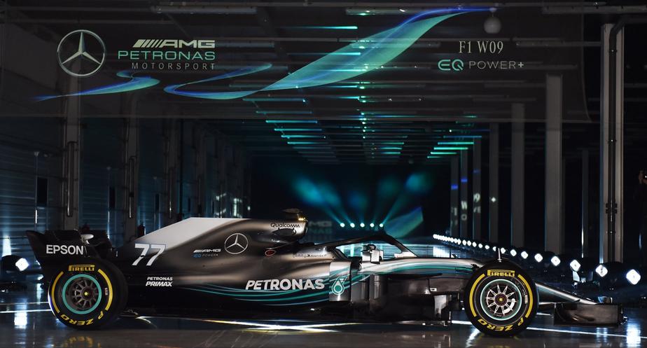 Agora sim! Mercedes lança oficialmente carro com o qual buscará penta na F1