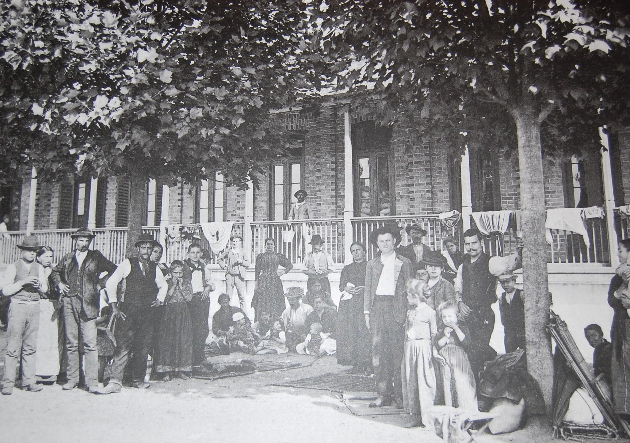 Imigrantes europeus em São Paulo, no final do século 19 (Foto: Wikimedia Commons)