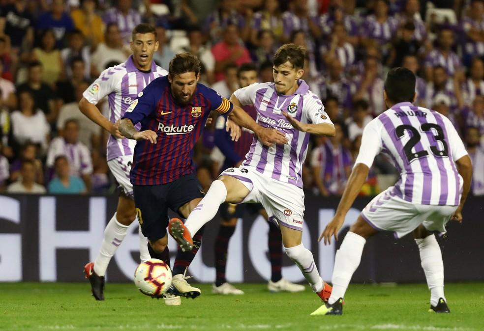 Valladolid em ação contra o Barcelona de Messi (Foto: REUTERS)