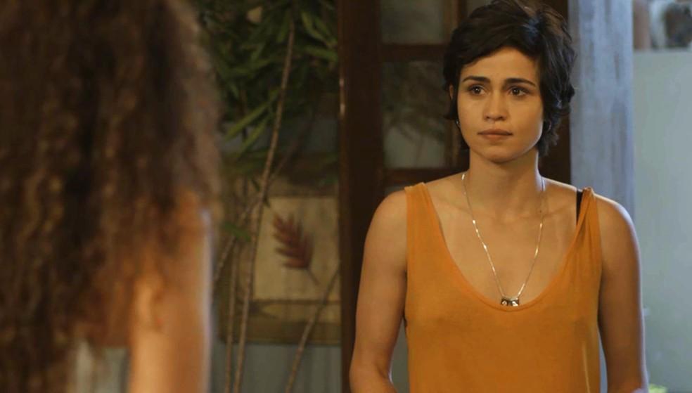 Maura não dá o braço a torcer — Foto: TV Globo