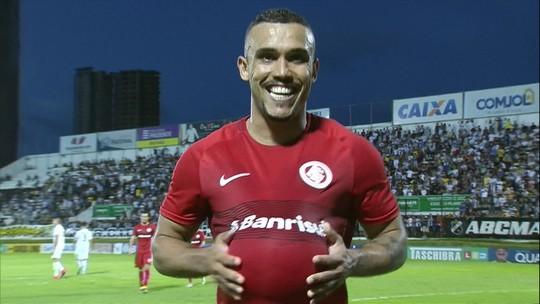 Os gols de ABC 0 X 3 Internacional pela Série B do Brasileirão