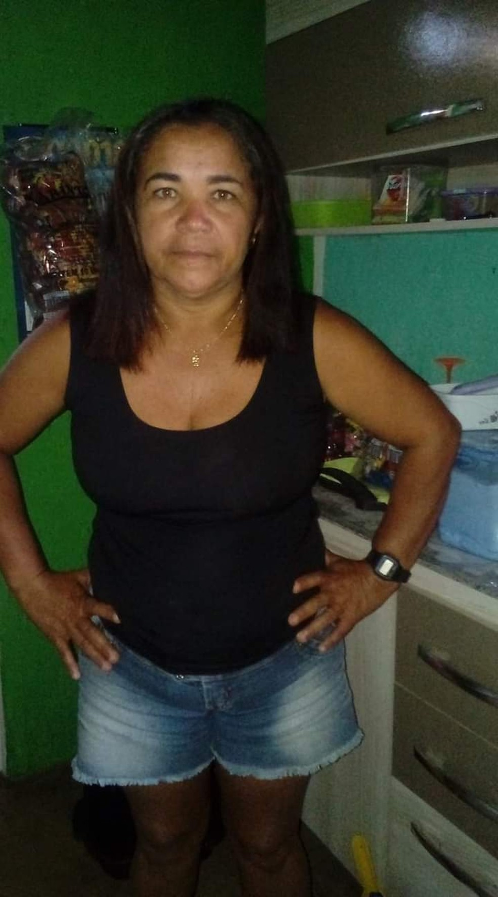 Vera Lúcia de Lima, de 48 anos, uma das vítimas da chacina em Passa e Fica neste sábado (25). — Foto: Redes sociais