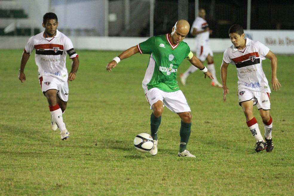 Ruy Cabeção jogou no Alecrim em 2013 (Foto: Gabriel Peres)