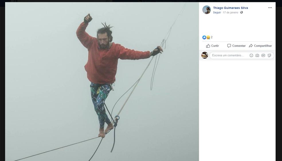Thiago Guimarães era praticante de highline. No Facebook ele postava várias fotos e vídeos nos locais onde praticava o esporte — Foto: Reprodução/Facebook