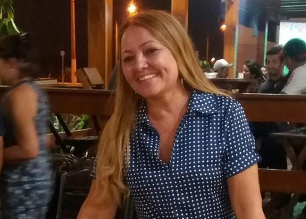 Maria Lúcia Lustosa Sabino, de 54 anos, teria sido morta asfixiada — Foto: Divulgação