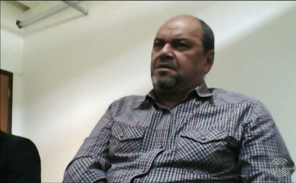 Em depoimento, Breno Morais ficou calado e não respondeu aos questionamentos do delegado Lucas Sá (Foto: Reprodução / TV Cabo Branco)