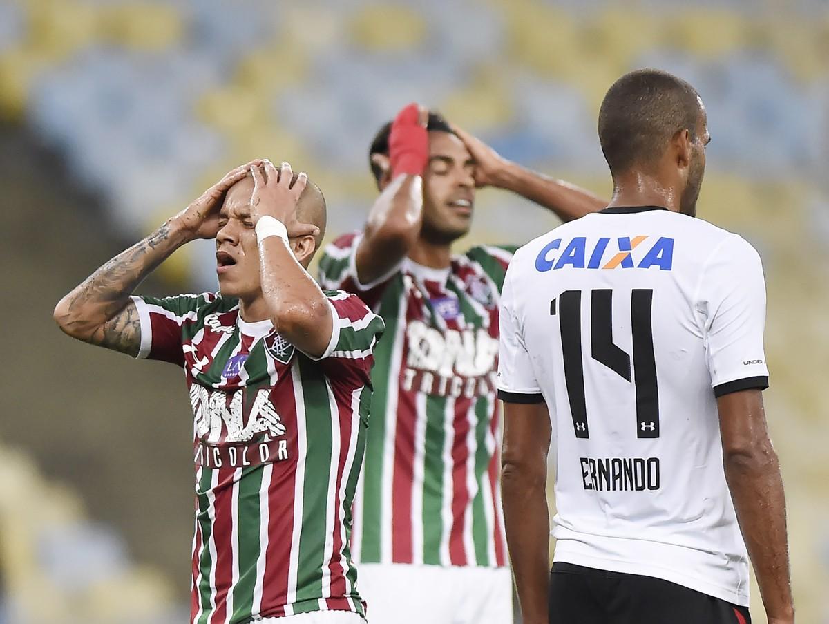 0db4c31aa7 Fluminense tem temporada com maior seca de gols do século e termina 2018  com 76 bolas na rede