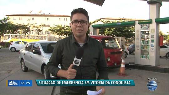 Homem é preso ao estocar e vender gasolina de forma clandestina na BA; denúncias apontam que litro do combustível custava R$ 15