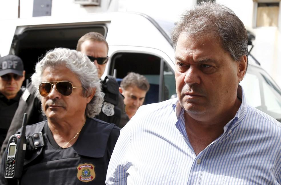 O ex-senador Gim Argello, em imagem de abril, quando foi preso pela Polícia Federal (Foto: Rodolfo Buhrer/Reuters)