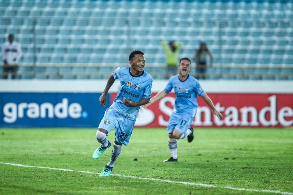 Jailson marca contra o Monagas (Foto: Lucas Uebel / Grêmio, DVG)
