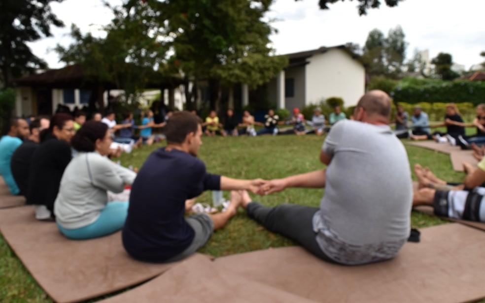 Internos da comunidade terapêutica para tratamento da dependência química no Instituto Padre Haroldo, em Campinas — Foto: Patrícia Teixeira/G1