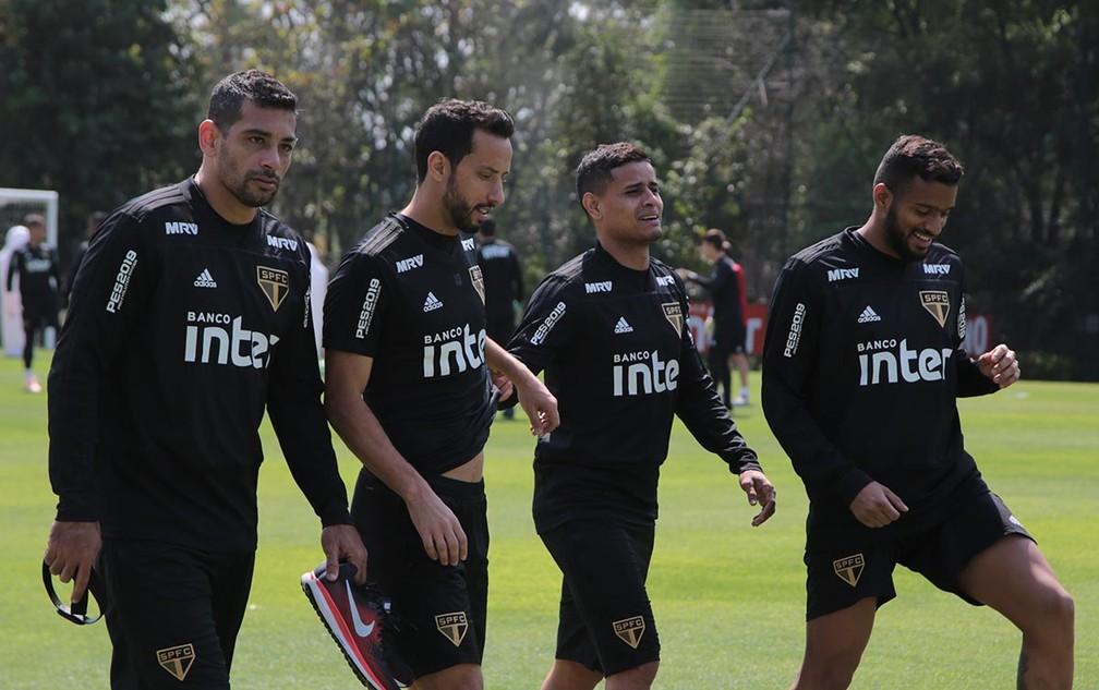 """Diego Souza, Nenê, Everton e Reinaldo: quarteto """"N.E.R.D."""" do São Paulo — Foto: Rubens Chiri / saopaulofc.net"""