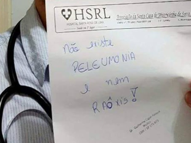 No receituário do hospital, o deboche com a forma de falar de um paciente (Foto: Reprodução/internet)