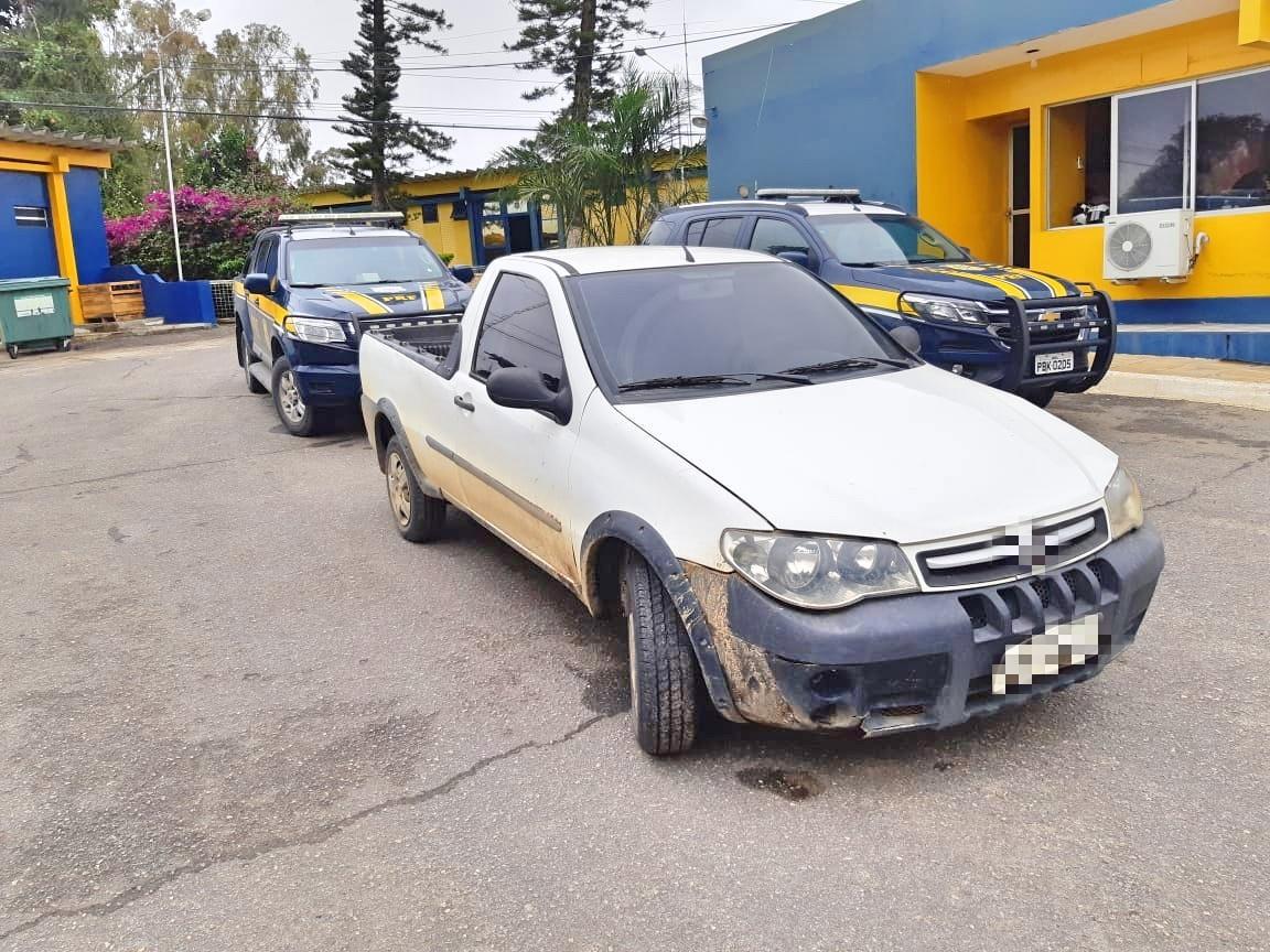 Homem é preso com caminhonete roubada em Garanhuns - Notícias - Plantão Diário
