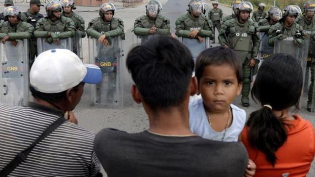 Um dos temores do governo brasileiro é que uma guerra com a Venezuela gere um conflito prolongado, com custos econômicos e perda de vidas (Foto: RICARDO MORAES/REUTERS via BBC)