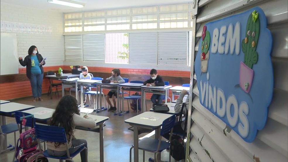 Volta às aulas no Distrito Federal, em imagem de arquivo — Foto: TV Globo/Reprodução