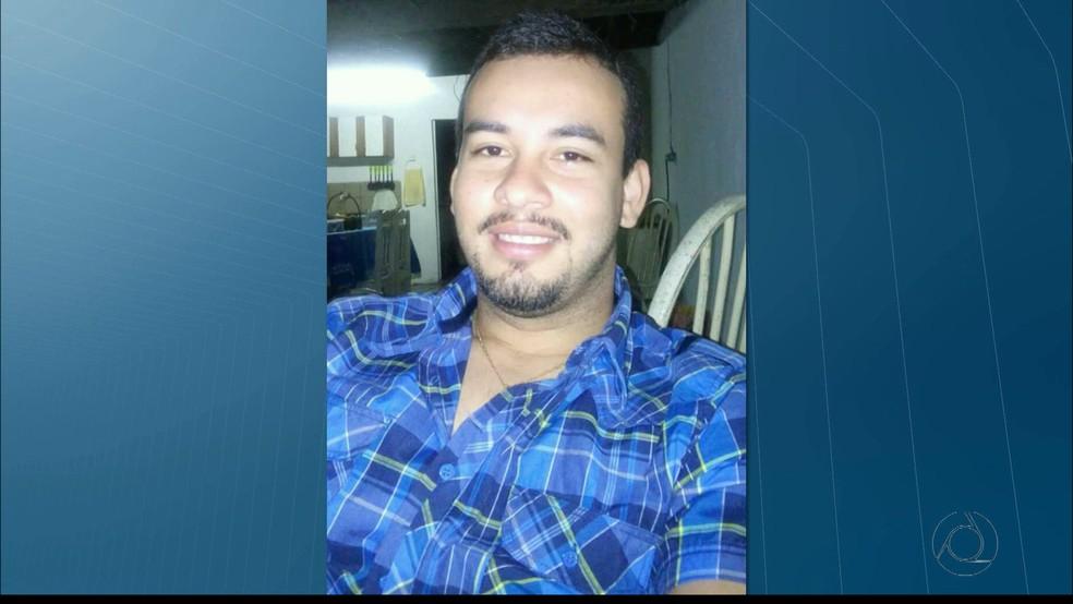 Empresário foi achado morto por asfixia no Hospital Psiquiátrico Juliano Moreira, em João Pessoa (Foto: Reprodução/TV Cabo Branco)