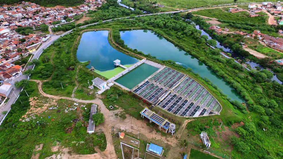 A Estação de Tratamento de Esgoto Caruaru, localizada no bairro de Rendeiras, trata 450 litros de esgoto por segundo (Foto: Divulgação/Compesa)