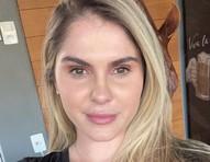 """Bárbara Evans fala sobre FIV: """"Engordei 14 quilos e foi difícil me aceitar"""""""
