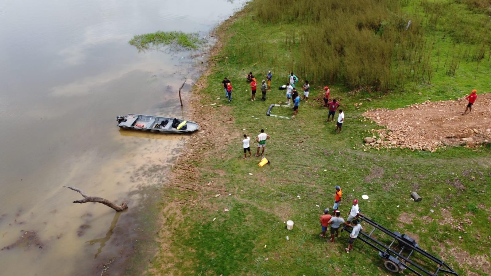 Marinha investiga acidente com canoa que afundou e deixou 4 mortos no rio Parnaíba, no Sul do Piauí