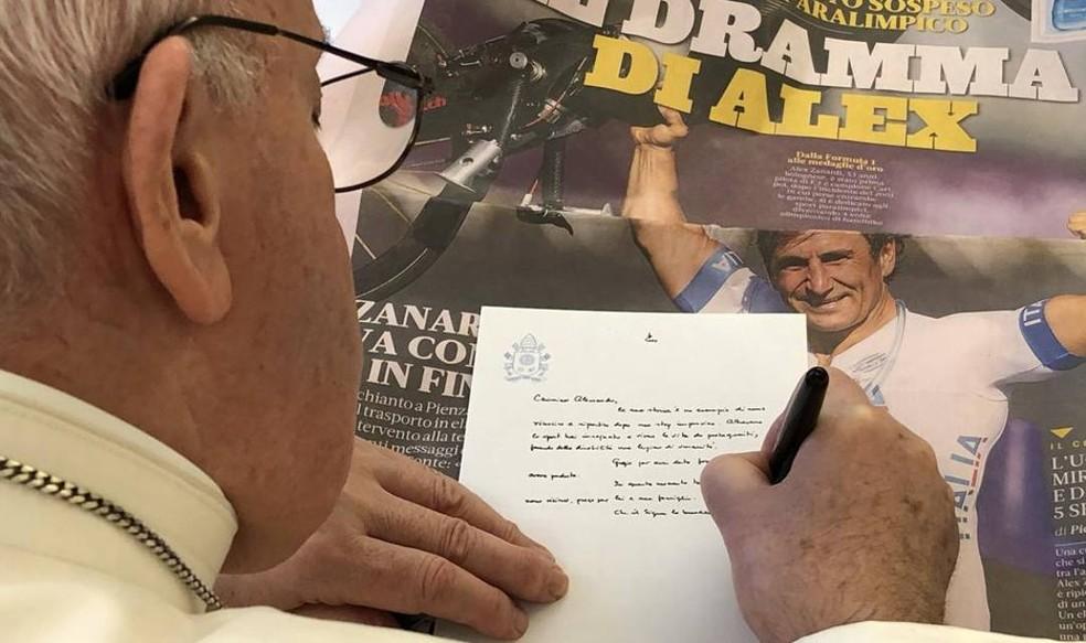 Papa Francisco escreve carta a Alex Zanardi — Foto: Reprodução/La Gazzetta dello Sport