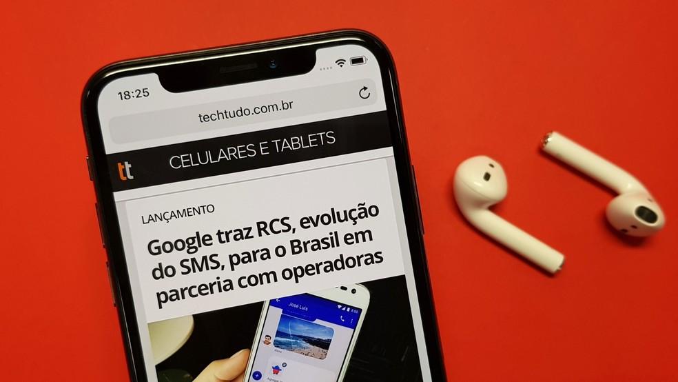 Donos de iPhone X podem pagar preço promocional, embora não tenha passado um ano de vendas do telefone (Foto: Thássius Veloso/TechTudo)