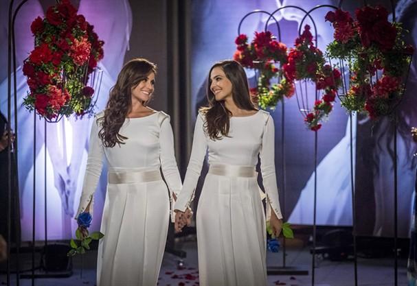 Clara e Marina - Em Família (Foto: Globo/Paulo Belote)