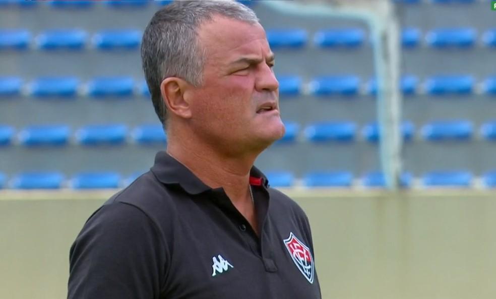 Mazola Júnior em Oeste x Vitória — Foto: Reprodução / SporTV