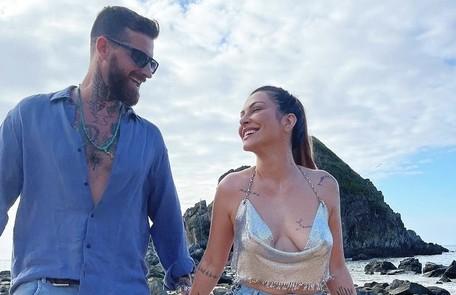 Cleo publicou pela primeira vez uma foto com Leandro D'Lucca em janeiro. Em julho, eles se casaram. Agora, curtem viagem a Fernando de Noronha Reprodução