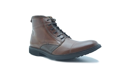 Bota DOM Shoes, R$ 199