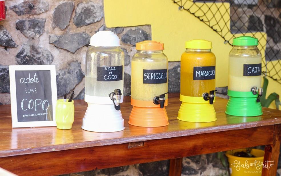 """Entre iniciativas de festas ecológicas, está """"adotar"""" um copo durante todo o evento, para reduzir resíduos (Foto: Gab Brito)"""