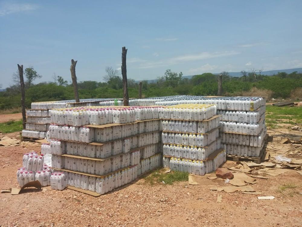 Carga com 25 mil litros de leite é encontrada em Ibotirama — Foto: Fabio Martins / Arquivo Pessoal