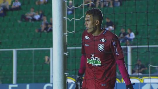 Destaque em empate, Vitor Caetano ganha moral, e Micale revela sondagem da seleção