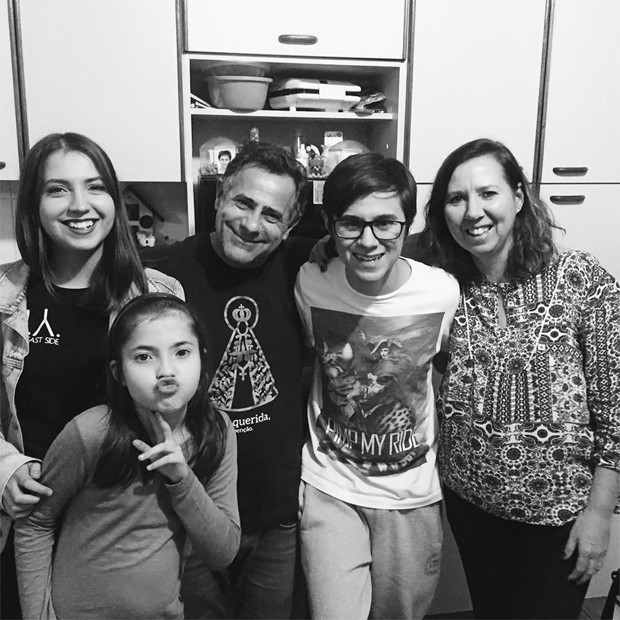 Família de Rafael Miguel (Foto: Reprodução / Instagram)